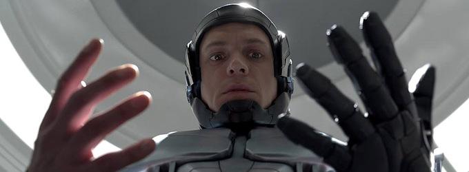 Robocop 2014 | TakeOneCFF.com